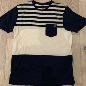 Volcom pocket T-shirt size large
